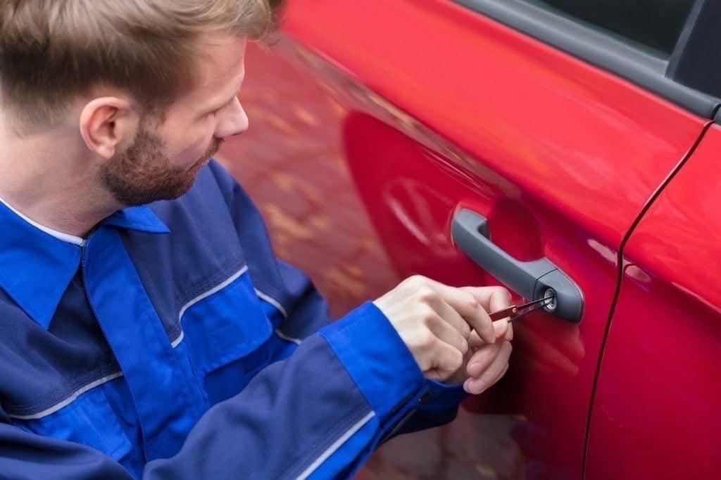 Car Locksmith Mortlake – Auto Key Repair – Replace Key